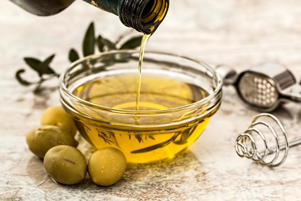 You are currently viewing 7 óleos vegetais e suas funções nos tratamentos capilares.
