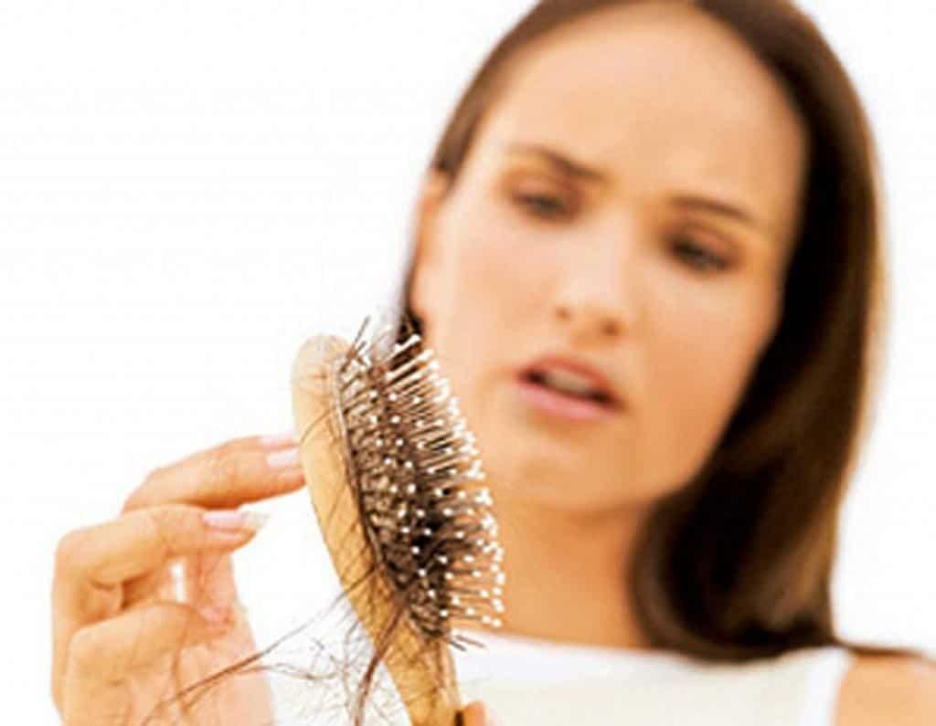 You are currently viewing Alopecia, calvície e queda de cabelo- Existe alguma diferença entre elas?